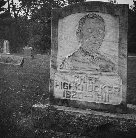 Grave of Chief Highknocker in Dartford Cemetery